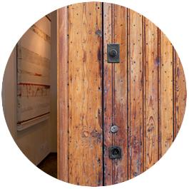 imagen exterior puerta reforma bajo valencia